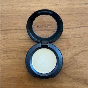 MAC Cosmetics Casa Blanca Eyeshadow